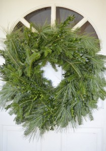 A mixed wreath of white pine, Fraser fir and boxwood is available from 4-H.