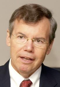 Dr. Robert Musil