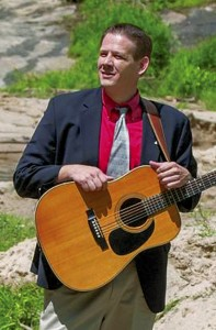 Matthew Weaver will be in concert at Resurrection Life Church Sunday.