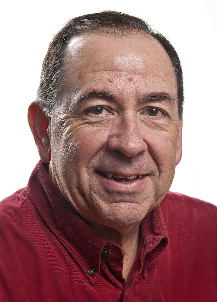 Dennis Davidson : Sports Editor