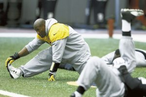 Pittsburgh Steelers outside linebacker James Harrison, left, warms up during an NFL football practice, Wednesday, Jan. 11, 2017, in Pittsburgh. The Steelers face the Kansas City Chiefs in an AFC Divisional playoff game on Sunday. (AP Photo/Keith Srakocic)