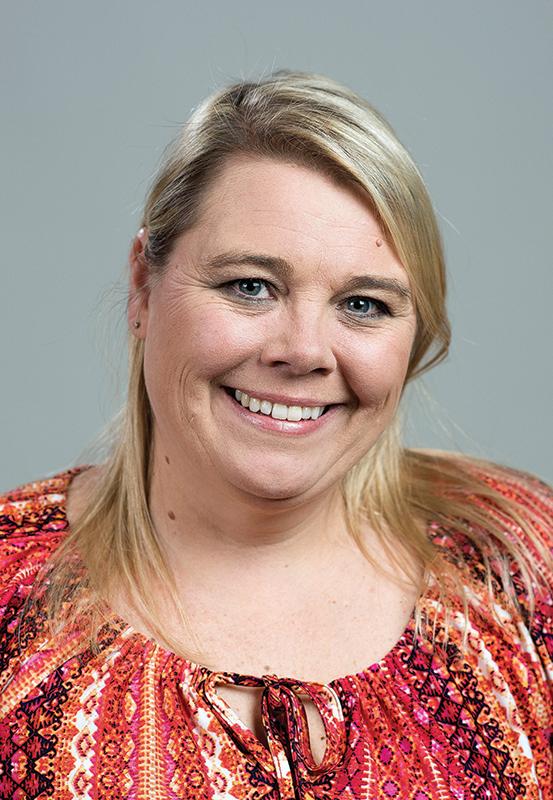 Elisha Wilson : Circulation Director
